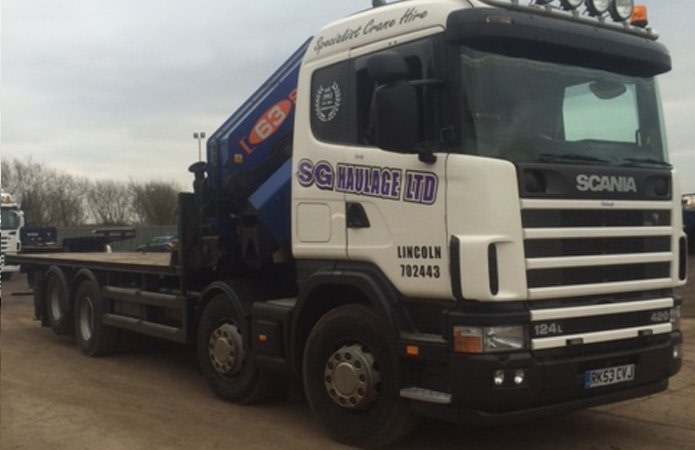 Close up of SG Haulage small crane lorry